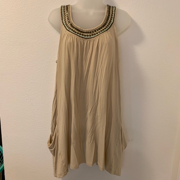 CAbi Tops - CAbi 872 Tan Embellished Drapey Swing Tunic Top XL